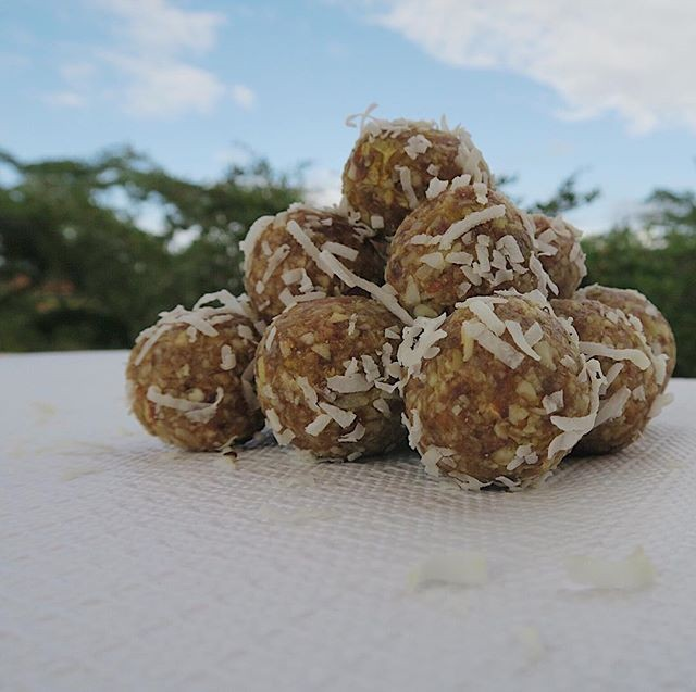 Orange-Coconut-energy-balls